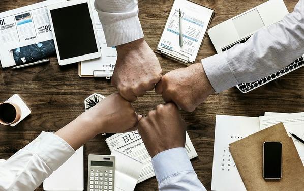 IIJグローバルと連携し、多店舗経営の企業をトータル支援  テガラミルは、多くの企業の事業課題である「定着促進」ソリューションを提供
